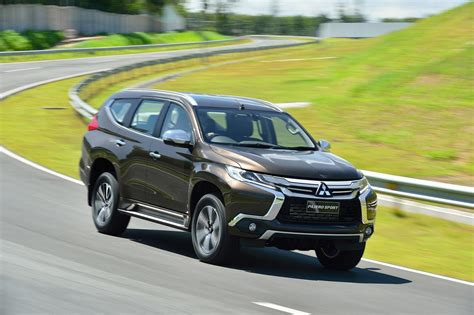 Outer All New Pajero Sport 2016 Model Sport Mb 002 2016 mitsubishi pajero sport finally breaks cover you can buy one this fall autoevolution