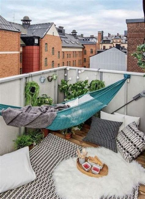small terrace garden ideas best 25 small balconies ideas on balcony