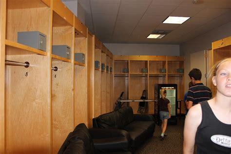 palace locker room page 2