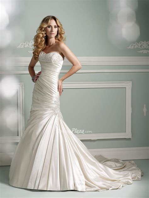 strapless mermaid wedding dress from sang maestro