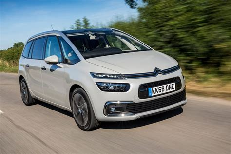 Citroen Grand C4 by Citroen Grand C4 Picasso Flair Bluehdi 150 2016 Review