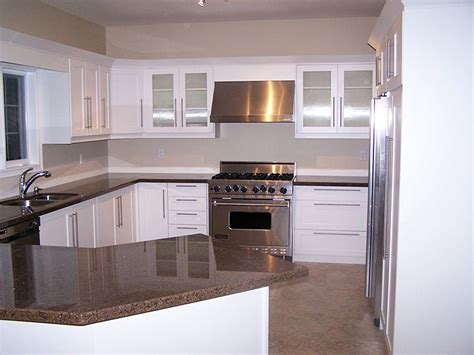 Kitchen Cabinet Refacers by Award Kitchen Refacers This White Trend Setting Refaced