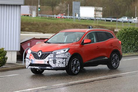 2019 Renault Kadjar by 2019 Renault Kadjar Facelift Shows Redesigned Grille In