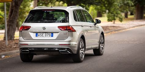 volkswagen sports car 2017 2017 volkswagen tiguan 162tsi r line review photos