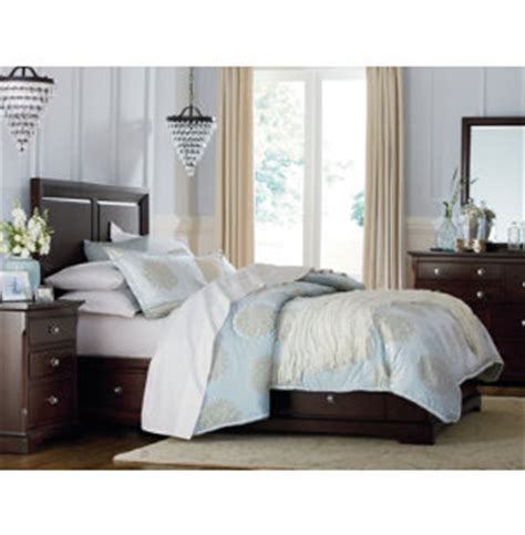 bedroom sets art van orleans merlot collection master bedroom bedrooms