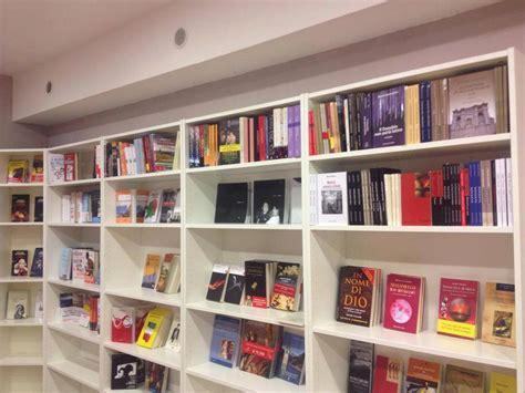 librerie usato bologna soggiorno libreria usato libreria metallo igea