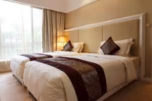 hotel beds travel tips for bed bugs gemtek pest control