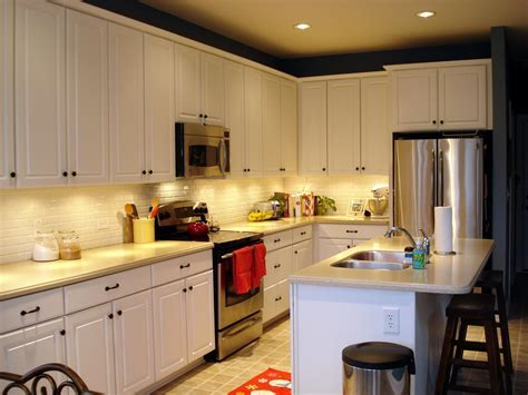 Great Small Kitchen Updates Ideas for Bigger Change