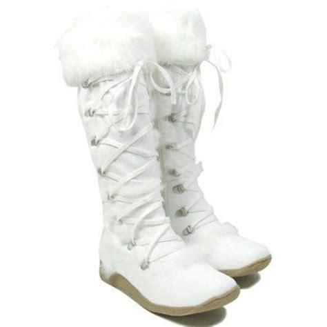 white winter fuzzy boots health fashion