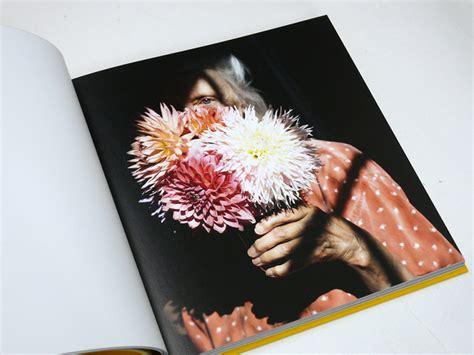 you an orchestra you a bomb books スピリチュアルな雰囲気に満ちた写真家シグ ハーヴェイの新刊 shelfオススメbook 最新ライフスタイル