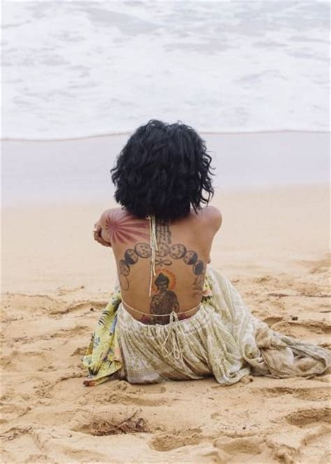 jhene aiko back tattoo 252 best images about tattoos on finger