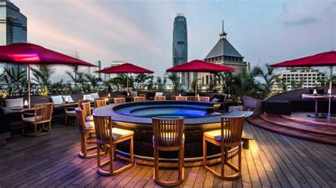 top bars in hong kong best rooftop bars in hong kong 2018 complete with all info