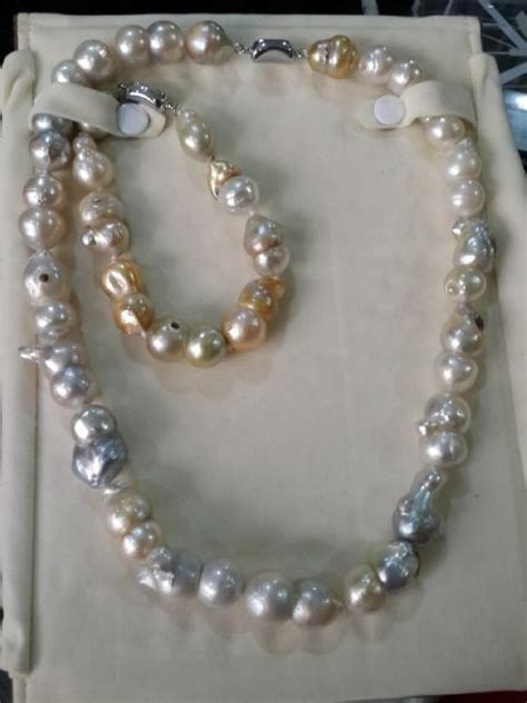 Paket Perhiasan Mutiara Air Tawar Kalung Gelang Cincin Lapis Emas 24k mutiara lombok cincin mutiara perhiasan mutiara harga mutiara kalung mutiara mutiara