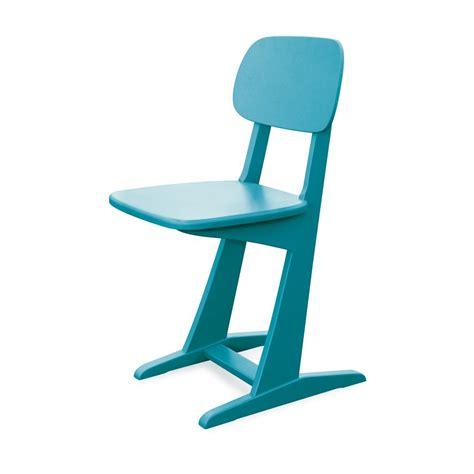 chaise enfant design chaise 224 patins turquoise laurette pour chambre enfant