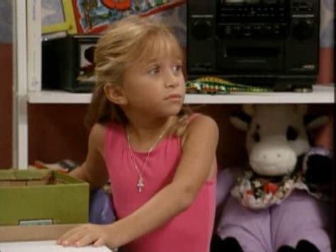 full house you pet it you bought it michelle tanner at the age of eight full house photo 38388759 fanpop