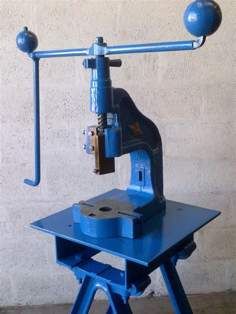woodworking machines manufacturers uk