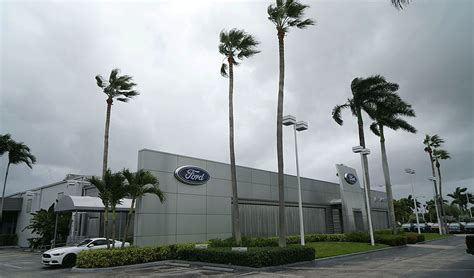 Online Auto Shopping by Online Auto Shopping Plummeted During Hurricane Study Says