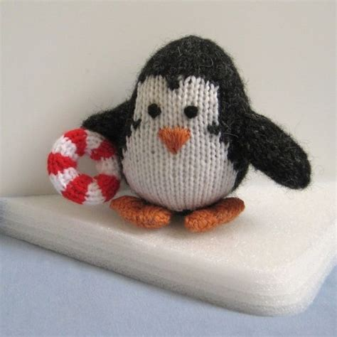 how to knit a penguin the penguin knitting pattern swim toys and