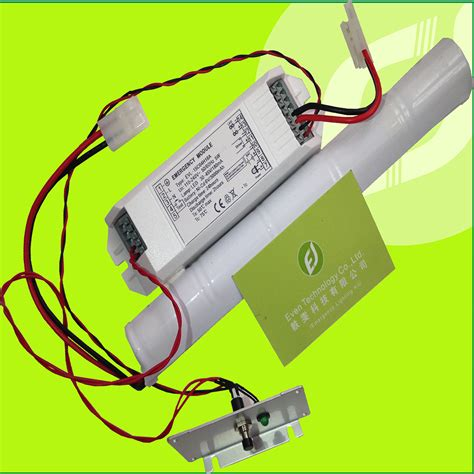 battery powered emergency lighting fixture battery operated t5 t8 led fluorescent light inverter