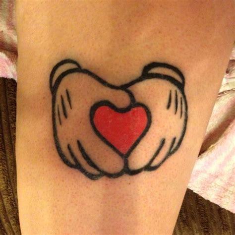 tattoo hand gloves mickey mouse gloves tattoo pinterest disney tattoo
