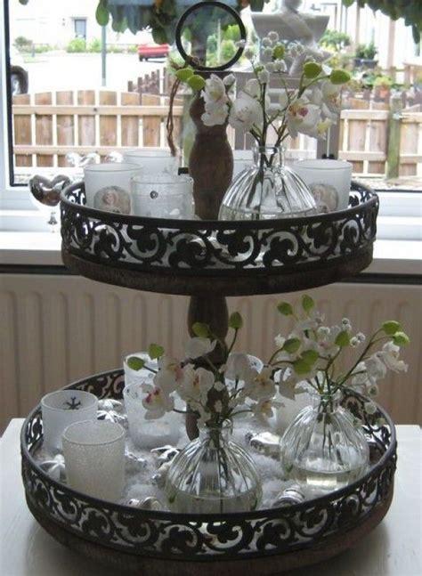etagere dekorieren idee voor etagere vilt knutsels trays
