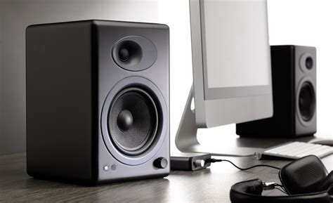 best desktop speakers top best desktop computer speakers to buy in 2018