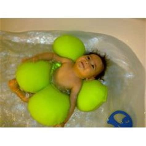 Bathtub Ring For Infants by 1000 Ideas About Baby Bath Seat On Baby Bath