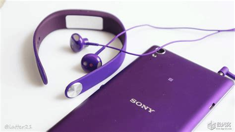Headset Sony Xperia Sth30 purple sony sth30 with xperia t3 hnds on gizmo bolt