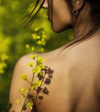 fiori di bach e depressione come curare la depressione con i fiori di bach ambiente bio