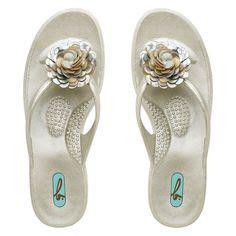 cute comfortable flip flops 1000 images about shoes on pinterest most comfortable