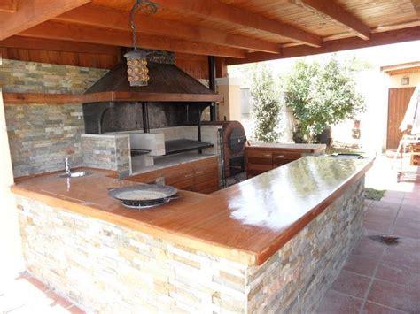 Rustic Kitchens Pictures - 100 best barbacoas cocinas y pergolas para exteriores de jard 205 n images on pinterest pergolas