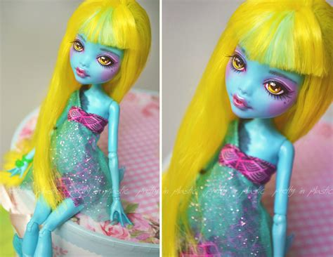 monster high 13 wishes lagoona lagoona blue 13 wishes freshwater vers repaint by