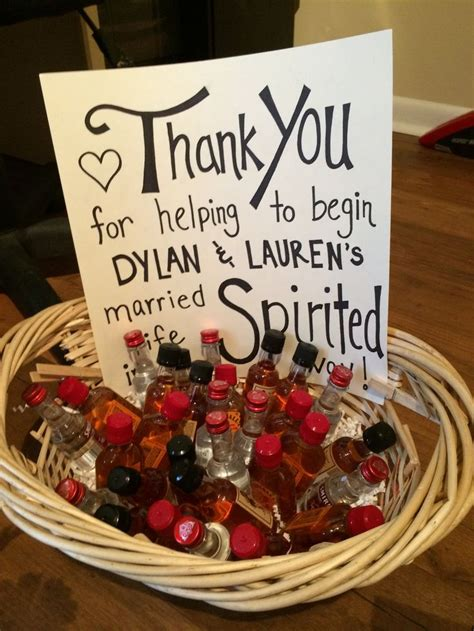couples bridal shower favors best 25 wedding showers ideas on