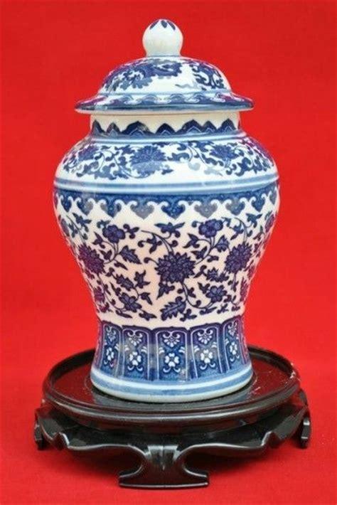 Antique Vintage Style Blue White Ornate Vase Jar Floral Stripe Farm New 26cm 10 Quot 1000 Images About Blue White China On