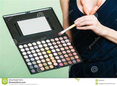 Makeover Eyeshadow Pallete professional makeup brush and eye color palette stock