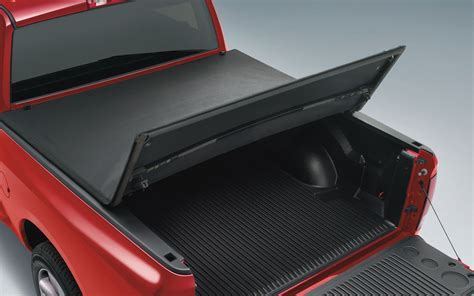 ram 1500 bed cover mopar announces more than 300 accessories for 2013 ram