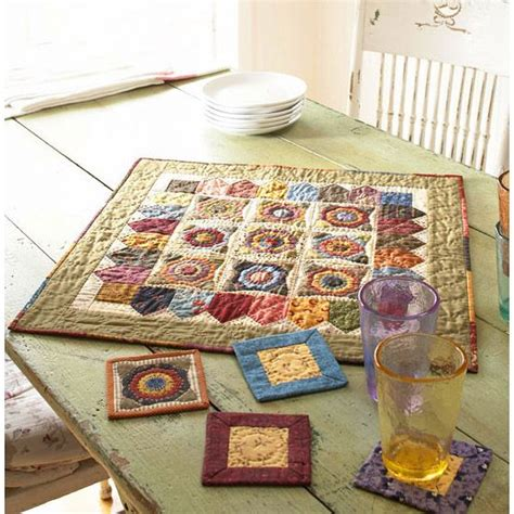 Small Patchwork Projects Free - scrappy floral applique table mat home decor diy cheap