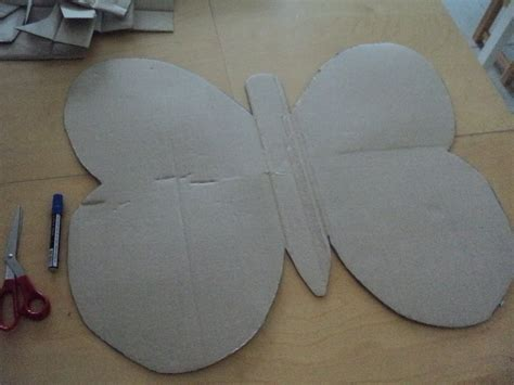How To Make Paper Butterfly Wings - a learning for two cardboard box butterfly wings