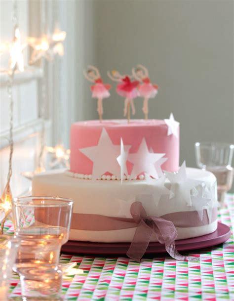 cuisine princesse g 226 teau anniversaire princesse pour 12 personnes recettes