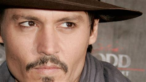Johnny Depp Mini Biography | johnny depp