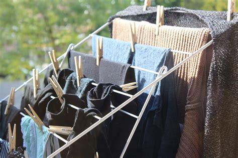 capsule wardrobe update nog net niet minimalistische kledingkast het  waste project