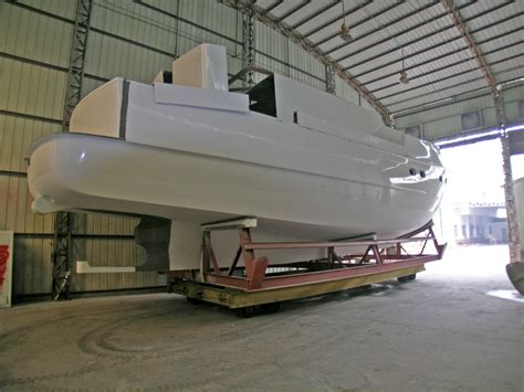 catamaran displacement hull speed comparing trawler displacement hulls ocean trawler yachts