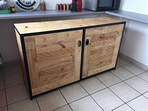 Buffet Kitchen Furniture Pallet Wood Kitchen Hutch 101 Pallets