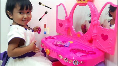 Meja Rias Mainan Anak mainan meja rias anak disney princess make up let s play jenica