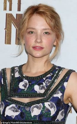 what face shape is haley barry 3a82103300000578 3948780 jennifer lawrence and haley