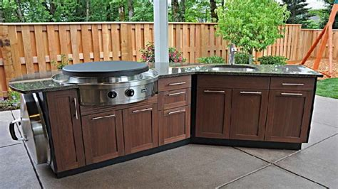 Prefab Outdoor Kitchen Cabinets by Prefab Outdoor Kitchen Cabinets The Important Of Prefab