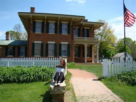 blooms picture of ulysses s grant home galena