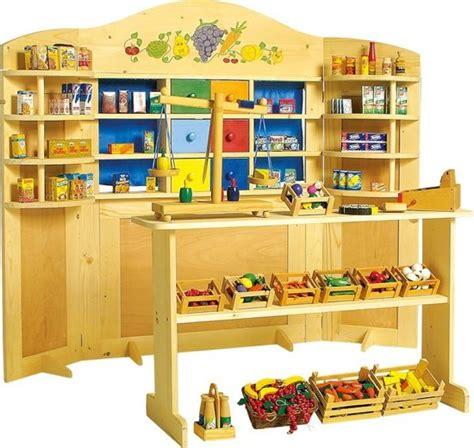 buitenspeelgoed winkel review bol base toys houten speelgoedwinkel poppenkast