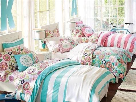 the big one bedding triplets bedroom ideas trusper