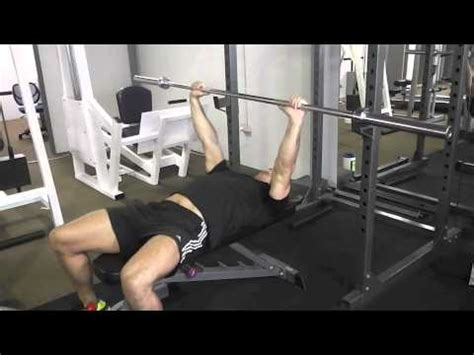 guillotine bench press video how to perform a guillotine press day 65 wellfit 365
